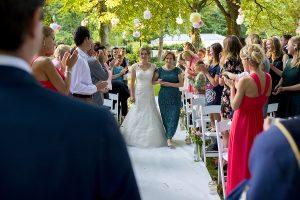 bruidsfotografie ceremonie buiten